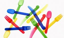 Colored spoons could make each of your spoon people unique.