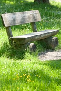 You can make a variety of things using recycled wood, including planters, tables, headboards and benches.