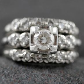 Image Gallery: Engagement Rings Not only is it beautiful -- it has a history. See pictures of diamond engagement rings.