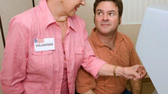 How Retired Senior Volunteer Programs Work