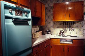 Is it cool to be retro in the kitchen? Check out these amazing home design pictures!