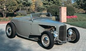 Roger Ritzow commissioned Troy Trepanier to build his Deuce roadster. See more hot rod pictures.