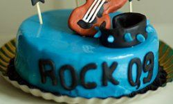 Teen hobbies create the best themes for their birthday cakes.