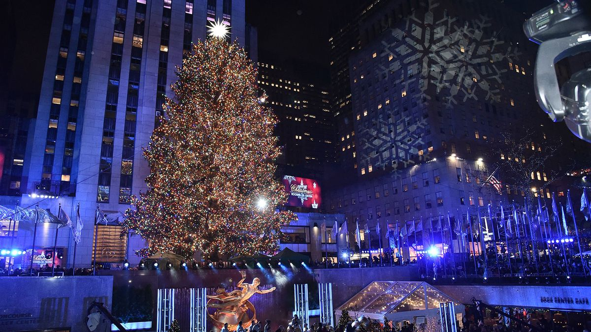 Rockefeller Christmas Tree 2021 Time 5 Fun Facts About The Rockefeller Center Christmas Tree Howstuffworks