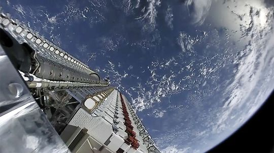 SpaceX Launches 59 Satellites Into Space as Part of StarLink Project