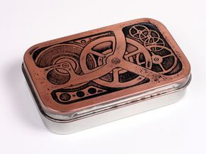 Jake von Slatt's finished steampunk etched Altoids tin.