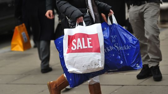 10 Things Stores Don't Want You to Know: Holiday Shopping Edition