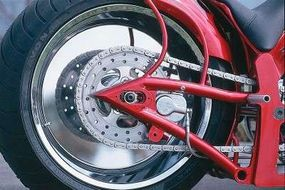 The Suicide Softail's rear sprocket, by Exile, is essentially a brake disc with teeth cut into its circumference.