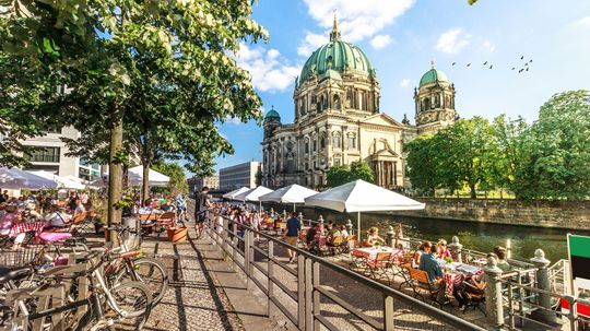 The Germans Have a Word for the Slow Days of Late Summer: Sommerloch