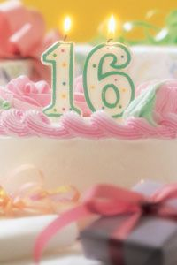 There's no need to spend a fortune to give your birthday girl or boy a great Sweet 16 party.