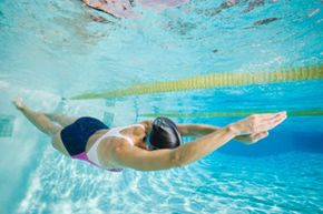 If you wait about an hour to allow some digestion to occur and food to leave your stomach, then swimming will be safer and easier.