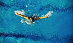 Плавание укрепит ваши легкие, что может улучшить симптомы астмы.