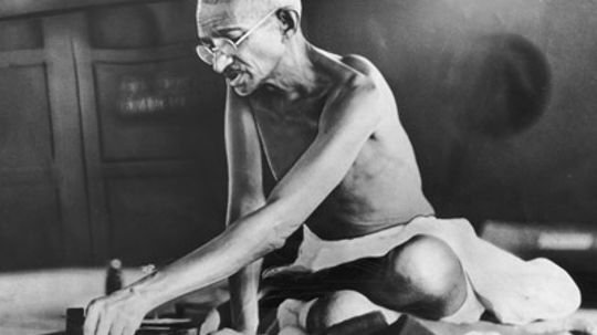 Why did Gandhi march 240 miles for salt?