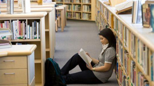 How do SAT scores affect financial aid?