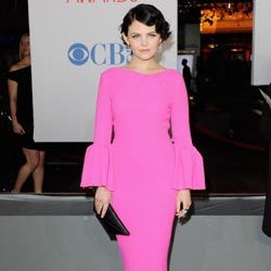 Actress Ginnifer Goodwin embraces the neon-bright trend at the 2012 People's Choice Awards.