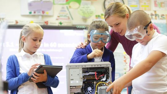 5 Characteristics of a Great Science Teacher