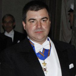 That's Konstantin Novoselov. He's all dressed up to claim his 2010 Nobel Prize for his adventures in science. You'll get to know him better in a few pages.