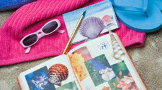 5 Scrapbook Room Ideas