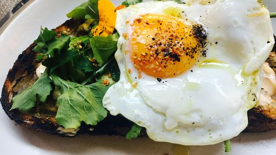 Why a Second Breakfast Can Be Good for Us