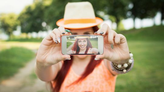 Can selfies reveal trends in our moods?