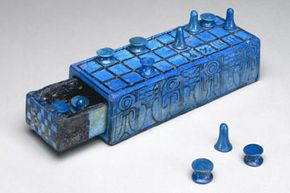 A brilliantly glazed Senet board from circa 1390 to 1353 B.C., housed at the Brooklyn Museum.