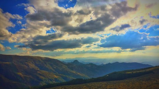 A Guide to Hiking the Sierra Nevada Mountains
