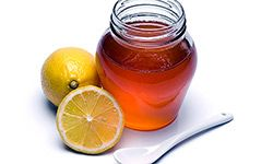 Honey and lemon make a winning combination for your skin.