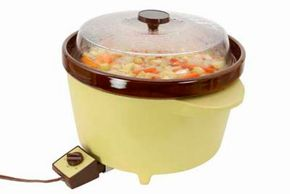 Soups, stews, and other hearty foods are ideal for preparing in a slow cooker.