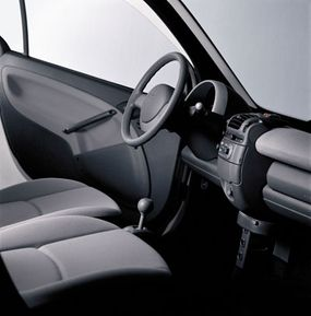 The interior of the Smart Fortwo Coupe Pure