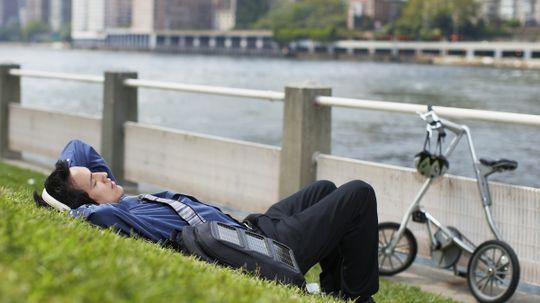 How Solar-powered Backpacks Work