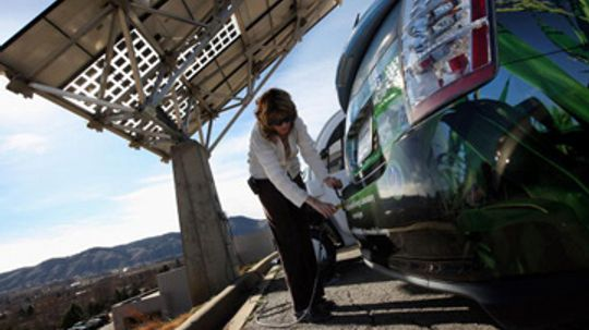 Can I use solar power to recharge a plug-in hybrid?