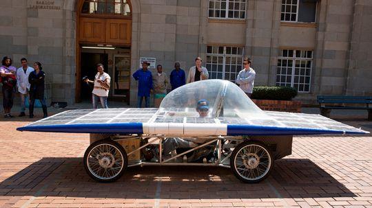 Do solar powered cars cause pollution?