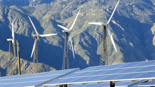 Captured CO2 Could Store Energy From Solar Panels and Wind Turbines