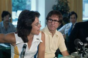 Billie Jean King and Bobby Riggs announce that they will play each other for a winning check of $100,000, at a press conference in 1973.