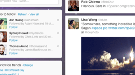 How did Twitter revolutionize online communications?