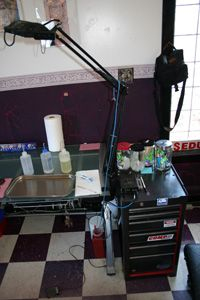 Reputable tattoo parlors are clean and organized.