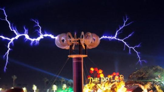 What were Nikola Tesla's famous inventions?
