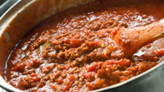 How Do You Thicken Homemade Tomato Sauce?