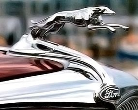 Details like this greyhound hood ornament were not overlooked.