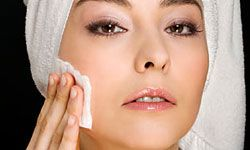 Blotter paper can relieve extra oily skin.