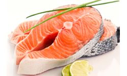 Omega-3 is easily damaged by oxygen, light and heat, which means that eating the foods that contain them raw is best -- though baking or broiling will cause less nutrient loss than frying or boiling.