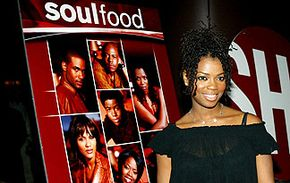 """""""Soul Food,"""" with its star-packed cast, probably left a fair amount of moviegoers planning their own Sunday night dinner."""