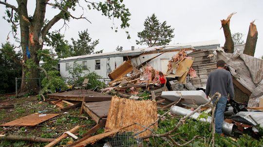 Do tornadoes disproportionately strike trailer parks?