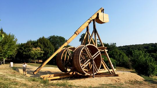 Meet the Trebuchet, the Castle-crushing Catapult of the Middle Ages