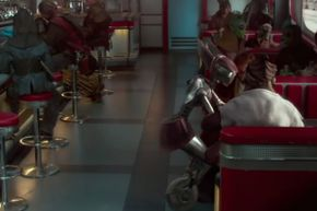 Diner full of customers, and Dexter sits there chatting with Obi-Wan while FLO does all the work.
