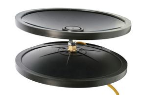 Here we see the Diluvio pool speaker. The yellow speaker wire cord connects with the speaker itself, which in turn connects to a sound lens.