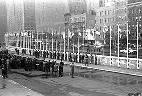Raising 16 new member flags at U.N. Headquarters in 1960