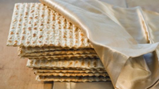 More than Matzo: 10 Other Yummy Unleavened Breads
