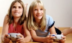 Girls do indeed play video games.