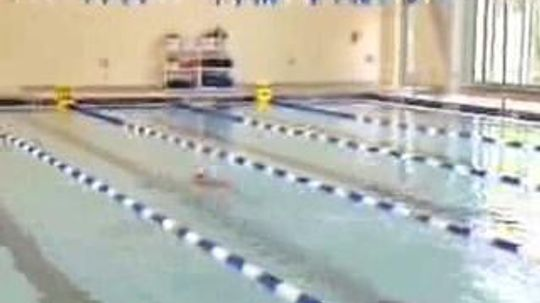 What's the difference between gas and electric swimming pool heaters?